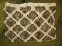 Taller de Crochet Claudia Solari: Cartera Macramé Rombos (realizada con Cola de Rata)