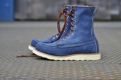 Red Wing 8125 Red Wing Heritage Boots, Red Wing Boots, Suit Shoes, Men's Shoes, Jeans And Sneakers, Jeans And Boots, Red Wing Moc Toe, Working Boots, Mens Lace Up Boots