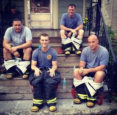 This is hilarious!!! Charlie Barnett, Jesse Spencer, David Eigenberg and Mo Gallini  - Chicago Fire