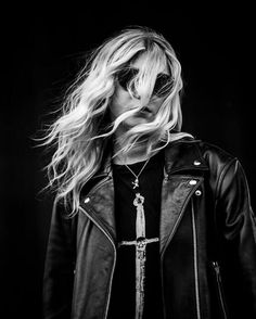 Taylor momsen  Follow me on twitter @sweetthingsbr and instagram @fcsweetthingsbr