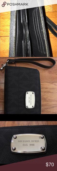Michael Kors Black Zipper Wallet Black zipper wallet Michael Kors Other