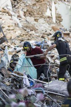 """Terremoto, lappello-manifesto di M5s: """"Ci vogliono risposte sensate, non…"""