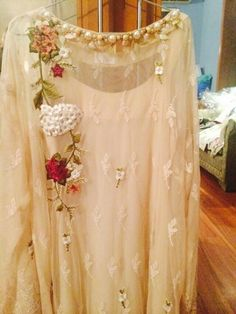 My new social Project Hand Embroidery Dress, Embroidery Suits, Embroidery Fashion, White Embroidery, Stylish Dresses, Casual Dresses, Fashion Dresses, Girls Dresses, Outfit Essentials