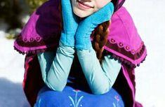 Frozen Characters, Movie Characters, Female Characters, Princess Aesthetic, Character Aesthetic, Disney And Dreamworks, Disney Pixar, Princess Anna Frozen, Queen Elsa