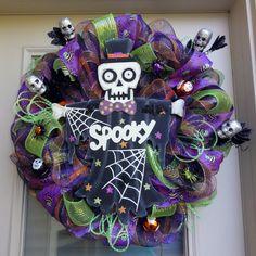 Spooky Skeleton Halloween Wreath by EverWreath on Etsy Halloween Ribbon, Purple Halloween, Halloween Wreaths, Halloween Stuff, Halloween Kids, Autumn Wreaths, Holiday Wreaths, Wreath Fall, Thanksgiving Wreaths