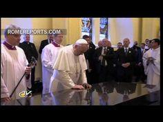 http://www.romereports.com/palio/el-papa-francisco-reza-ante-nuestra-senora-de-aparecida-spanish-10606.html#.UfFT6I17IVU El Papa Francisco reza ante Nuestra Señora de Aparecida