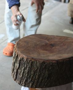 How to seal wood bark on a tree stump: just spray clear coat. 17 Apart: How To: DIY Stump Table