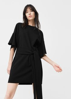 Sukienka z falbaną i paskiem | MANGO