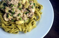 Verse groene groente pasta met tonijn :http://lifestyledishbymaris.nl/verse-groene-groente-pasta-met-tonijn/