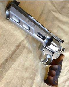 357 Magnum, Weapons Guns, Guns And Ammo, Smith & Wesson, Custom Guns, Custom Revolver, Fire Powers, Military Guns, Cool Guns