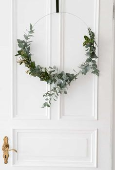 10 simple decoration ideas for the miserable (Christmas) time. Or: Why I prefer to keep it simple this year and the relatives still worry, nothing to see again nothing but deco White Christmas, Simple Christmas, Christmas Time, Christmas Wreaths, Navidad Simple, Navidad Diy, Magazine Deco, Decoration Entree, 242