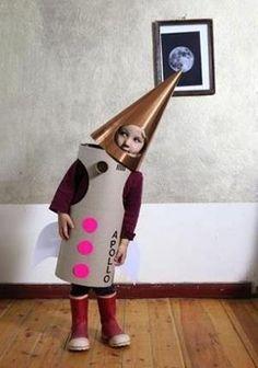 Как сделать новогодний костюм из картонных коробок