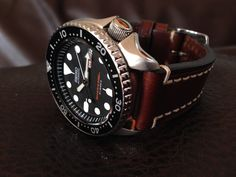 My own Seiko on leather strap. Stylish Watches, Cool Watches, Watches For Men, Seiko Skx, Seiko Watches, Dream Watches, Luxury Watches, Seiko Mechanical Watch, Tactical Watch