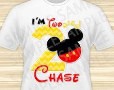 Mickey hierro en transferencia. Mickey Mouse hierro en transferencia. Camiseta de cumpleaños de Mickey Mouse. Fiesta de Mickey Mouse. ARCHIVO DIGITAL.