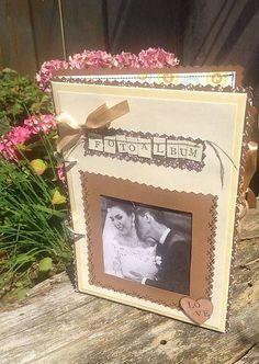MariKlimo / Svadobný fotoalbum s okienkom na fotografiu