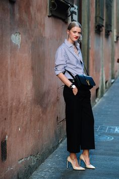 #street #style #fashion cool cat. #MarianneTheodorsen in Florence. #StyleDevil