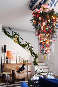 How NOT to Hang Your Christmas Tree Upside-Down (A Real-Life Story) via @domainehome So cute!