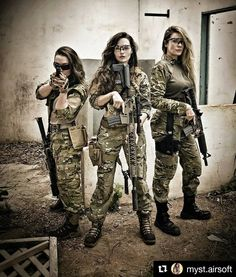 Military Girl – Schöne Girls & Guns Source by etimespi Military Girl, Female Soldier, Warrior Girl, Military Women, Badass Women, Special Forces, Armed Forces, Airsoft, Guns