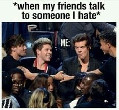 One direction memes so true One Direction Lyrics, One Direction Memes, One Direction Pictures, I Love One Direction, Crazy Funny, Really Funny, Teen Wolf Memes, Niall Horan, Louis Tomlinson