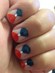 My coral & navy nail art
