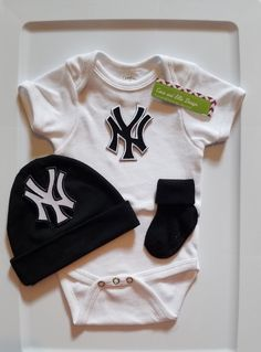 fcea6b37c new york yankees baby outfit-yankees baby gift-yankees baby-ny yankees baby