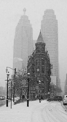 Toronto's own Flat Iron Building! Flatiron Building, Photo B, Travel Design, Black White Photos, Months In A Year, Architecture Details, Nice View, Empire State Building, Big Ben