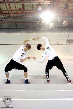 Bangtan Boys - Taehyung (v) & Jungkook (kook) | tumblr | © we are bulletproof!