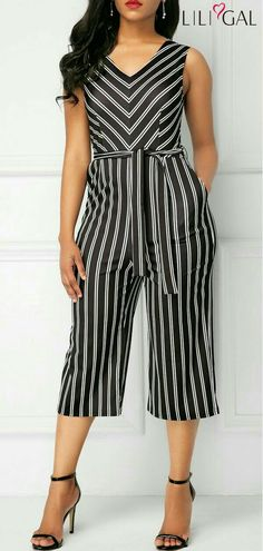 Stripe Print Belted V Neck Jumpsuit Trendy Outfits, Cool Outfits, Expensive Clothes, Queen Fashion, Best Prom Dresses, Jumpsuit Outfit, Jumpsuits For Women, Stripe Print, Fashion Dresses