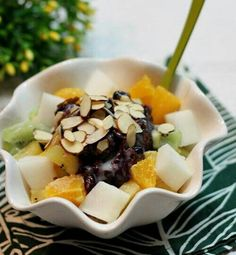 Patbingsu_ Adzuki bean tea ice dessert Patbingsu, Acai Bowl, Beans, Korean, Ice Cream, Sweets, Breakfast, Desserts, Food