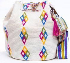 Letras e Artes da Lalá: bolsa bordada