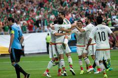 México doblegó 3-1 a Uruguay en Copa América Centenario. Noticias 24 5ba7120d3df4d