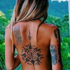 Tag someone who loves tattoos ❤ .➖➖➖➖➖➖➖➖➖➖➖➖ ▪ Follow us @tattoos_artz . . ➖➖➖➖➖➖➖➖➖➖➖➖ . . ' ' ' ' Credit @ . HASHTAGS #tinytattoos…