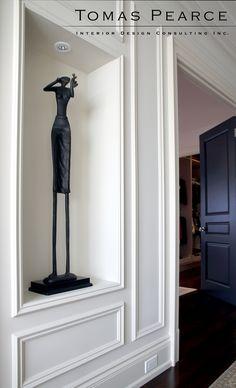 gallery hallway | panelling | sculpture