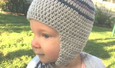 This free crochet beanie pattern is quick and easy to make, it uses all half double crochet stitch and can be made with or without earflaps.