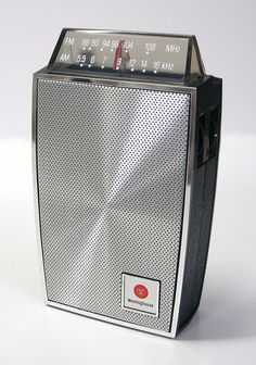 Westinghouse AM-FM transistor radio, made in Hong Kong. Radios Retro, Poste Radio, Transistor Radio, Record Players, Cassette, Gadgets, Phonograph, 3d Models, Old Tv