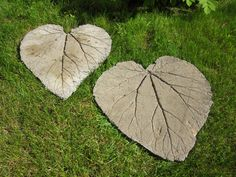 Making gardenstones by saturn65, more images of making via Flickr.