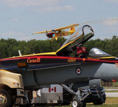 Stunt Plane with F18