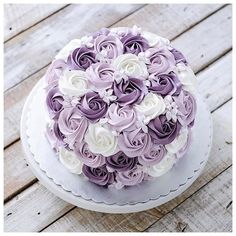 The longer I remain peaceful, the stronger I become. The longer I remain peaceful, the stronger I become. Pretty Cakes, Cute Cakes, Beautiful Cakes, Amazing Cakes, Cake Decorating Techniques, Cake Decorating Tips, Cookie Decorating, Baking Cupcakes, Cupcake Cakes