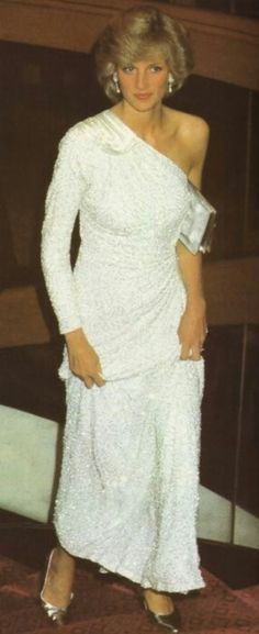This is what Diana was wearing when I saw her in 1983. She and Charles were at a movie premiere and we waited until they drove past.