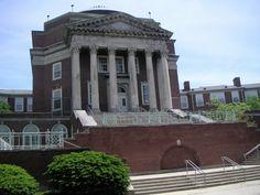 Walnut Hills High School in East Walnut Hills of Cincinnati, Ohio - Garber & Woodward, Architects