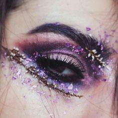 Creative Eye Makeup, Eye Makeup Art, Eye Art, Cute Makeup, Pretty Makeup, Skin Makeup, Makeup Inspo, Makeup Inspiration, Flower Makeup