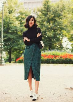 via Gary Pepper Girl Business Casual Outfits, Stylish Outfits, Office Outfits, Look Fashion, Autumn Fashion, Net Fashion, Green Fashion, Trendy Fashion, Fashion Ideas