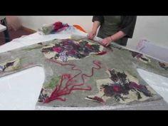 Приглашение на бесплатный мастер-класс по валянию юбки - YouTube Felting Tutorials, Craft Tutorials, Nuno Felting, Needle Felting, Felt Art, Felt Ornaments, Softies, Wool Felt, Fiber Art