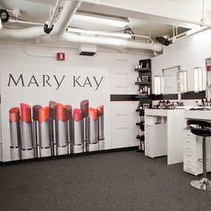 ProjectRunway/Mary Kay