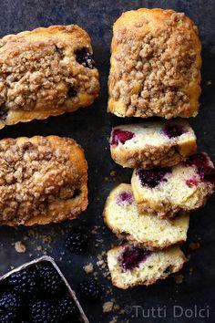 Blackberry-Almond Crumb Cakes | Tutti Dolci