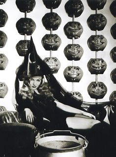 Veronica Lake Vintage Halloween Anyone who know's me know's that Halloween  my favorite Holiday off all!!!!