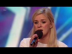 Former Coronation Street actress Rachael Wooding has wowed the Britain's Got Talent judges and left viewers in tears. The star returned to the sm. Britain's Got Talent Judges, Talent Show, America's Got Talent, Bgt Auditions, Britain Got Talent, Roy Orbison, Country Music Videos, Phil Collins, Inspirational Videos