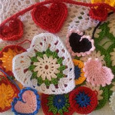 Instructions on how to crochet a heart 10 different ways {the Heart Collection}