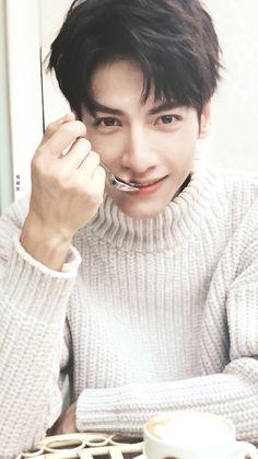 罗云熙Leo 💖💖💖 Song Wei Long, Chinese Man, Asian Actors, Korean Celebrities, China, Male Beauty, Beautiful Boys, My Idol, Hair Cuts