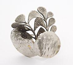 Anna Vlahos Brooch: Aspi 2013 Sterling silver, topaz 4.1 x 3.9 cm